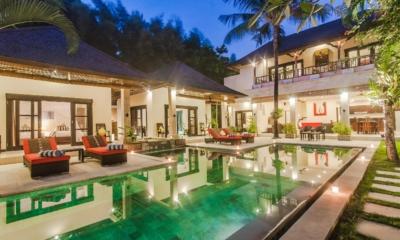 Swimming Pool at Night - Villa Tresna - Seminyak, Bali