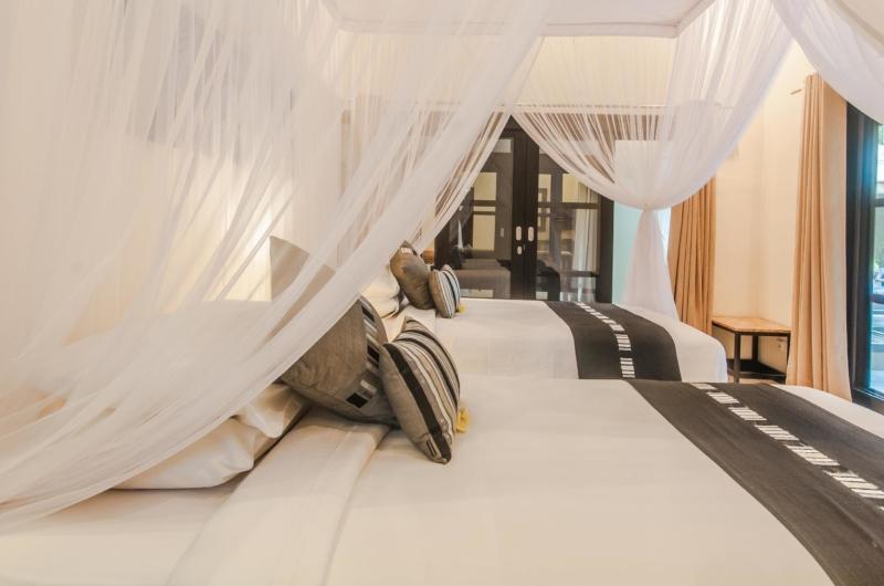 Twin Bedroom - Villa Tresna - Seminyak, Bali