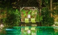 Pool Bale - Villa Tresna - Seminyak, Bali