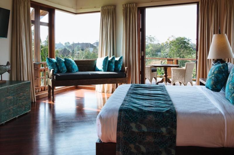 Bedroom with Sofa - Villa Umah Daun - Umalas, Bali