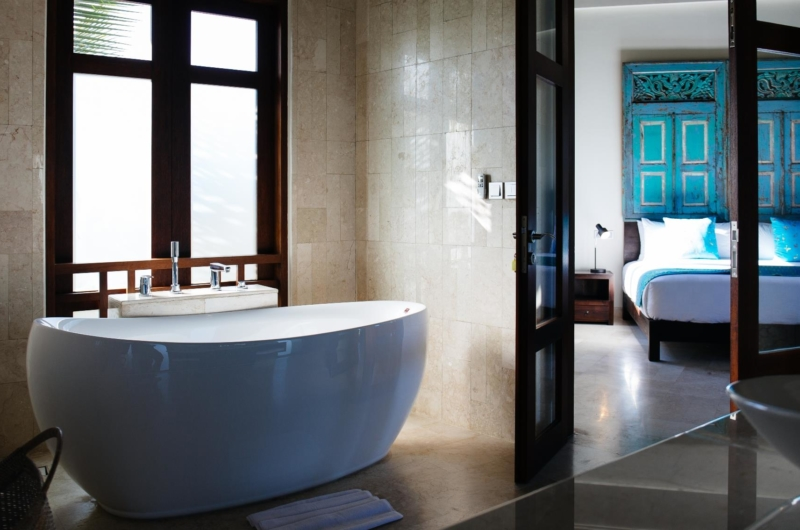 Bathtub - Villa Umah Daun - Umalas, Bali