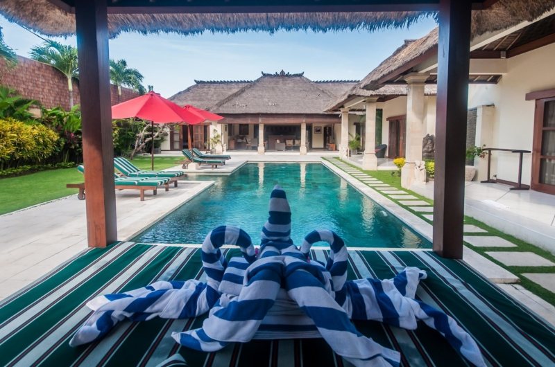 Pool Side Seating Area - Villa Vara - Seminyak, Bali