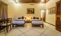 Twin Bedroom - Villa Vara - Seminyak, Bali