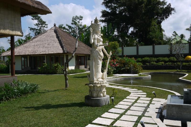 Lawns - Villa Vastu - Ubud, Bali