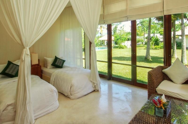 Twin Bedroom with Garden View - Villa Vastu - Ubud, Bali