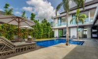 Reclining Sun Loungers - Villa Waha - Canggu, Bali