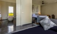 Bedroom with Seating Area - Villa Waha - Canggu, Bali