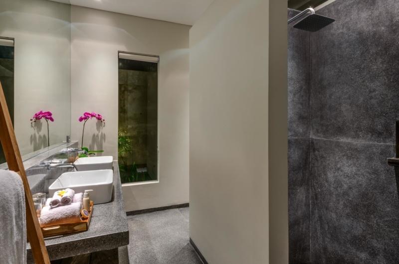 His and Hers Bathroom - Villa Waha - Canggu, Bali