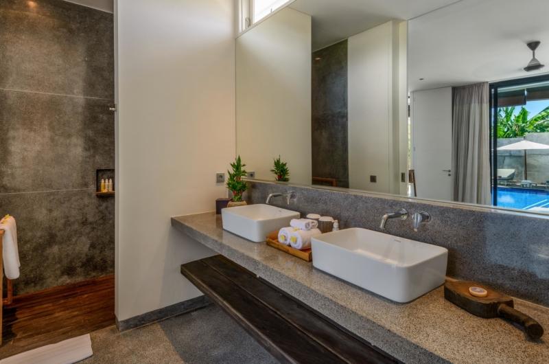His and Hers Bathroom with Mirror - Villa Waha - Canggu, Bali