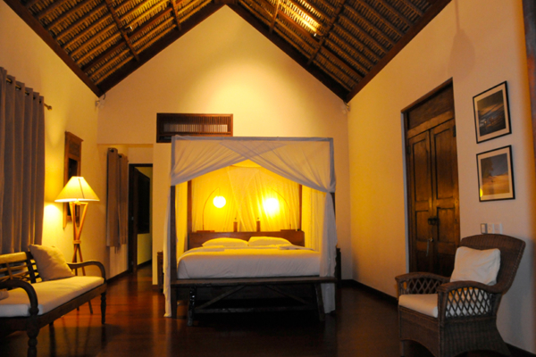 Bedroom with Wooden Floor - Villa Waringin - Pererenan, Bali