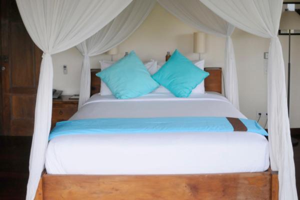 Four Poster Bed - Villa Waringin - Pererenan, Bali