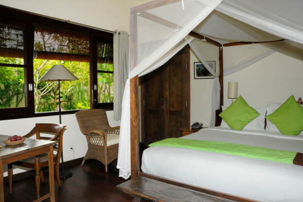Bedroom with Seating Area - Villa Waringin - Pererenan, Bali