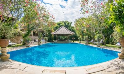 Swimming Pool - Villa Waru - Nusa Dua, Bali