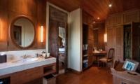 En-Suite Bathroom - Villa Waru - Nusa Dua, Bali