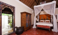 Spacious Bedroom - Villa Waru - Nusa Dua, Bali