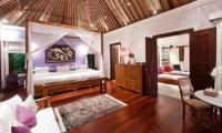King Size Bed - Villa Waru - Nusa Dua, Bali