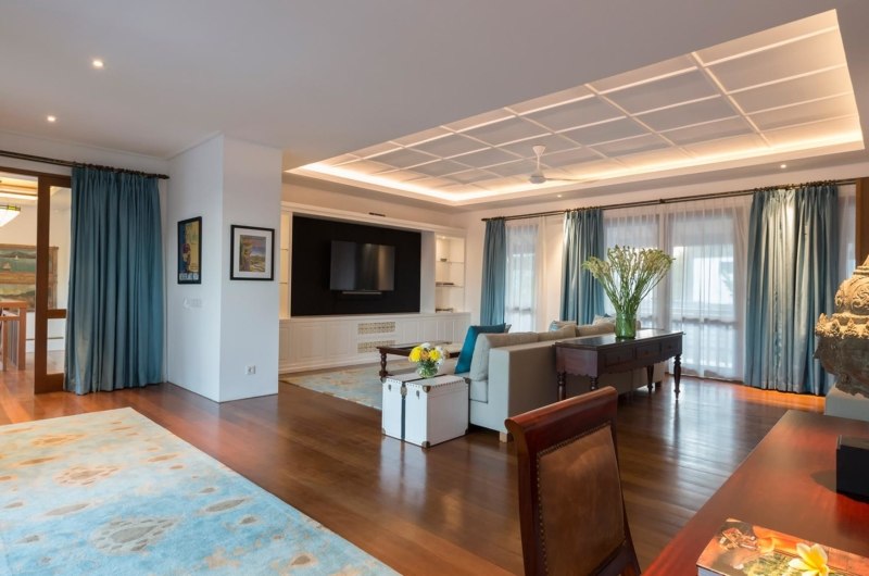 Lounge Area with TV - Villa Windu Asri - Seminyak, Bali