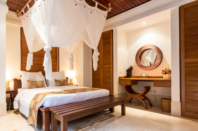 Bedroom with Mosquito Net - Villa Yasmine - Jimbaran, Bali