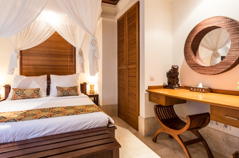 Bedroom with Dressing Area - Villa Yasmine - Jimbaran, Bali