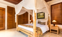 Bedroom with Table Lamps - Villa Yasmine - Jimbaran, Bali