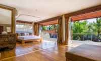 Spacious Bedroom with Wooden Floor - Villa Yoga - Seminyak, Bali