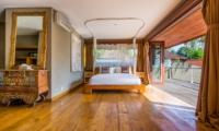 Bedroom with Mosquito Net - Villa Yoga - Seminyak, Bali