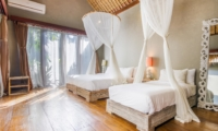 Twin Bedroom with Wooden Floor - Villa Yoga - Seminyak, Bali
