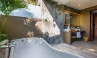 Bathtub - Villa Yoga - Seminyak, Bali
