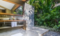 Bathroom with View - Villa Yoga - Seminyak, Bali