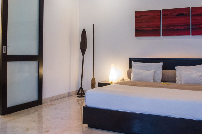 Bedroom and Bathroom - Villa Zensa Residence - Seminyak, Bali