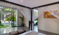 Bedroom with Garden View - Villa Alice Satu - Seminyak, Bali