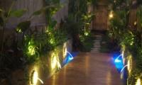Pathway - Villa Alin - Seminyak, Bali