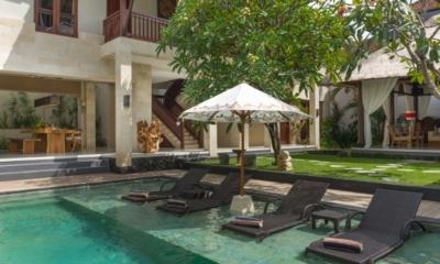 Sun Loungers - Villa Alin - Seminyak, Bali