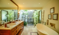 His and Hers Bathroom with Bathtub - Villa Aliya - Seminyak, Bali