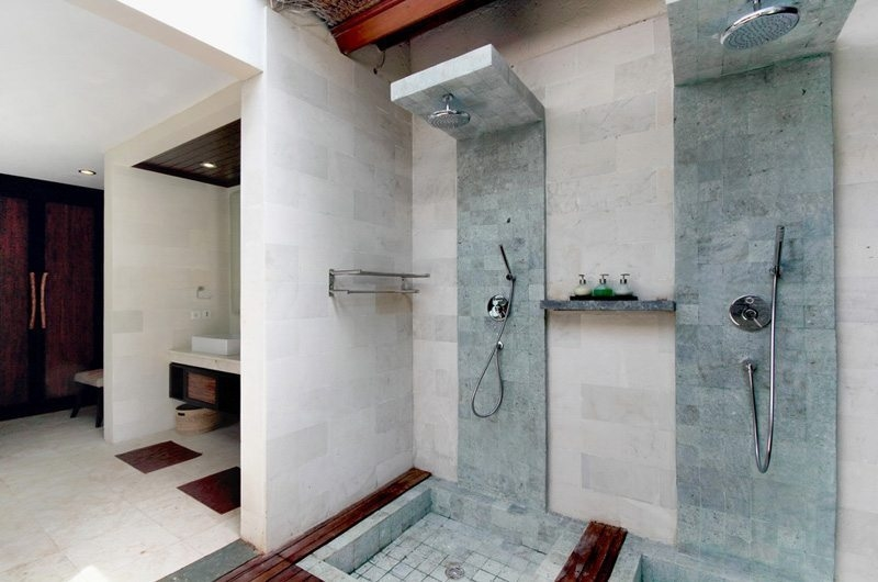 Bathroom with Shower - Villa Amrita - Ubud, Bali