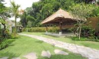 Outdoor Dining - Villa Amrita - Ubud, Bali