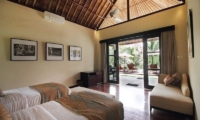 Twin Bedroom with Sofa - Villa Amrita - Ubud, Bali