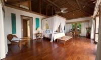 Bedroom with Study Area - Villa Angsoka - Candidasa, Bali