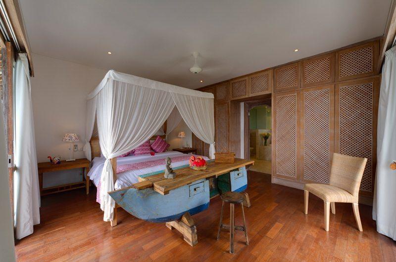 Bedroom with Seating Area - Villa Angsoka - Candidasa, Bali