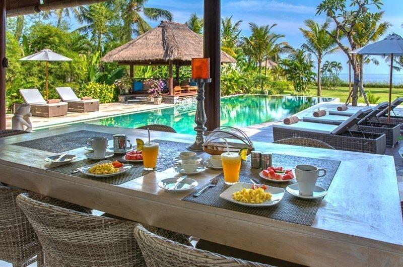 Dining Area with Pool View - Villa Aparna - Lovina, Bali