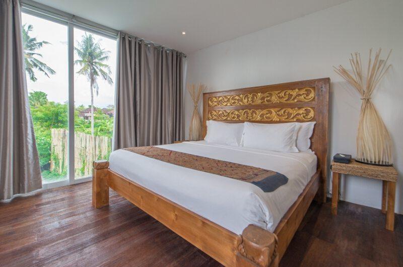 Bedroom with Wooden Floor - Villa Ashoka - Canggu, Bali