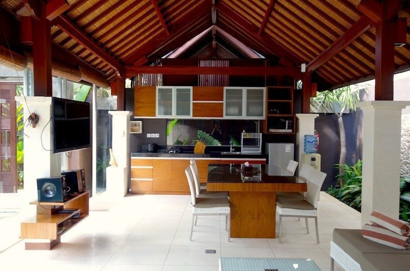 Kitchen and Dining Area - Villa Ava - Uluwatu, Bali
