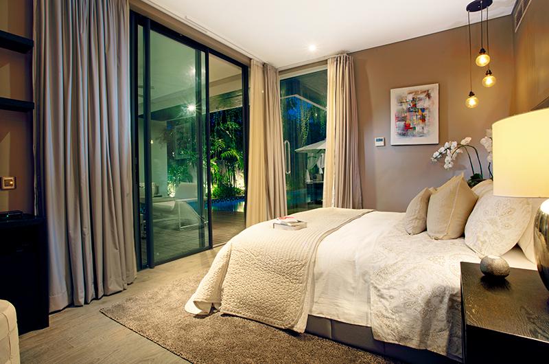 Bedroom with Carpet - Villa Balimu - Seminyak, Bali