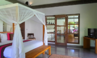 Bedroom with TV - Villa Bamboo - Ubud, Bali