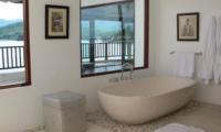 Bathtub with View - Villa Blanca - Candidasa, Bali