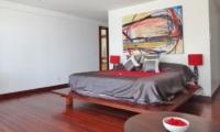 Bedroom with Table Lamps - Villa Blanca - Candidasa, Bali