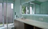 Bathroom with Mirror - Villa Blue Lagoon - Uluwatu, Bali