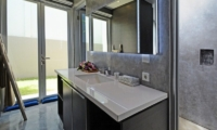 Bathroom - Villa Blue Lagoon - Uluwatu, Bali