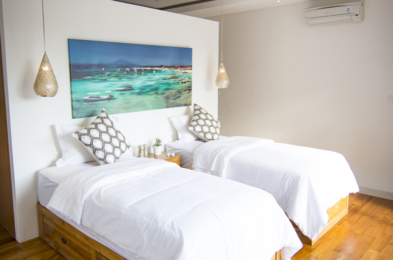 Twin Bedroom - Villa Breeze - Canggu , Bali