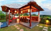 Outdoor Dining - Villa Bukit Lembongan - Villa 1 - Nusa Lembongan, Bali
